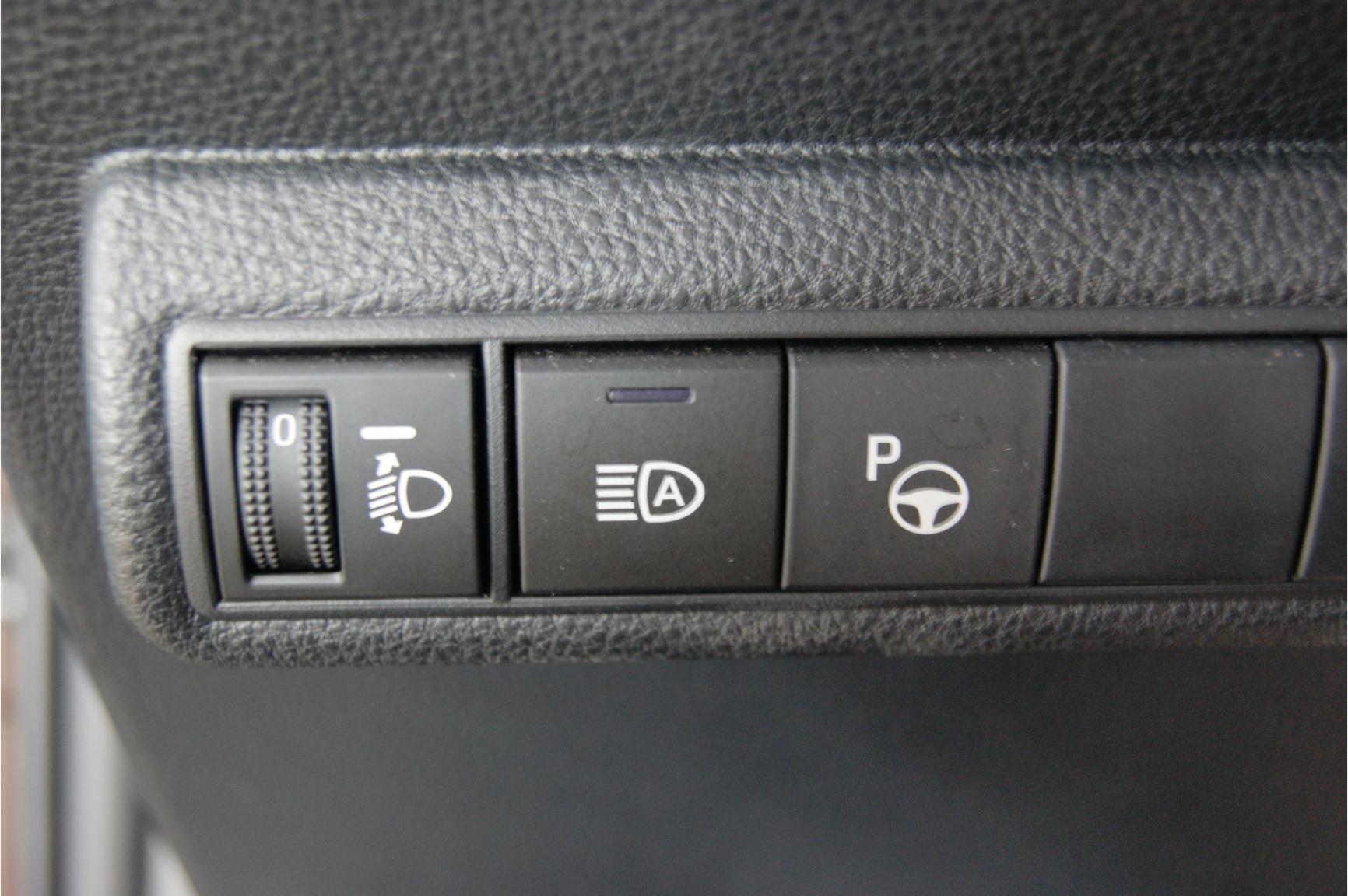 Toyota-Corolla-27
