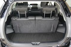 Toyota-Prius-13