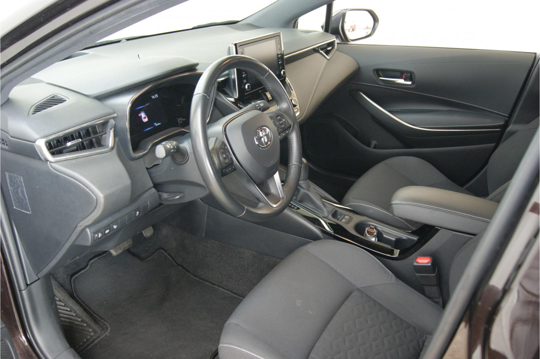 Toyota-Corolla-6