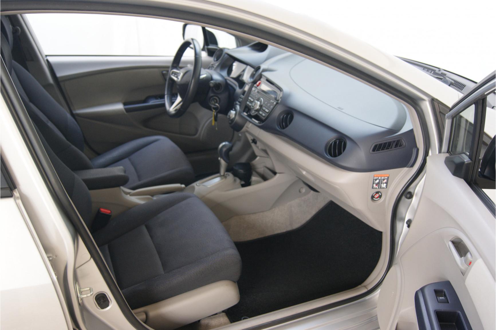 Honda-Insight-15