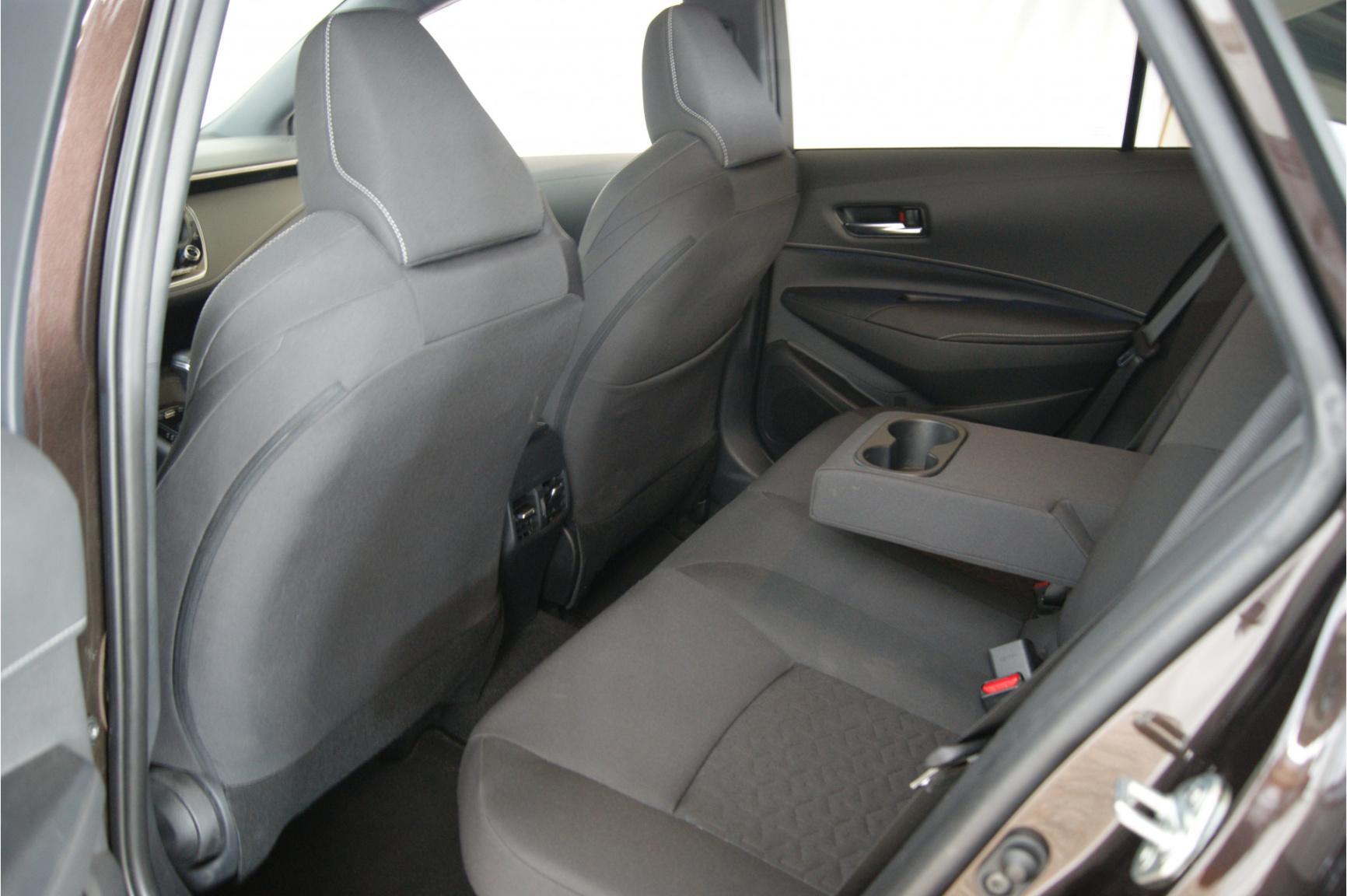 Toyota-Corolla-8
